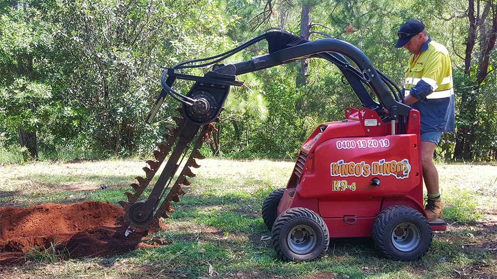 Kingo S Dingo Sunshine Coast Mini Digger Amp Excavator